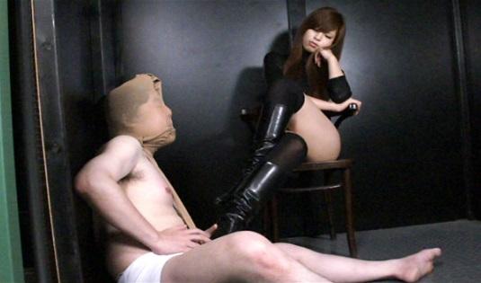 高身長SM女王様、菊川里菜のM男押し込みセックス