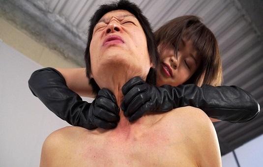 オジサン大好き宮崎夏帆ちゃんが、また首しめにきたよ!