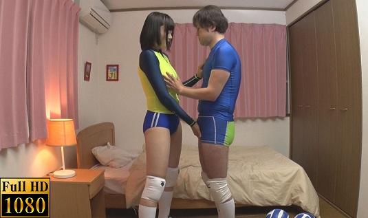 思春期女子のバレーボールウェア着衣越しイカセしよう!