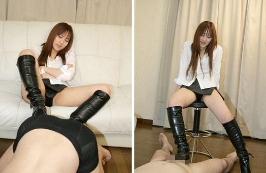 あずみ恋の黒革ブーツ